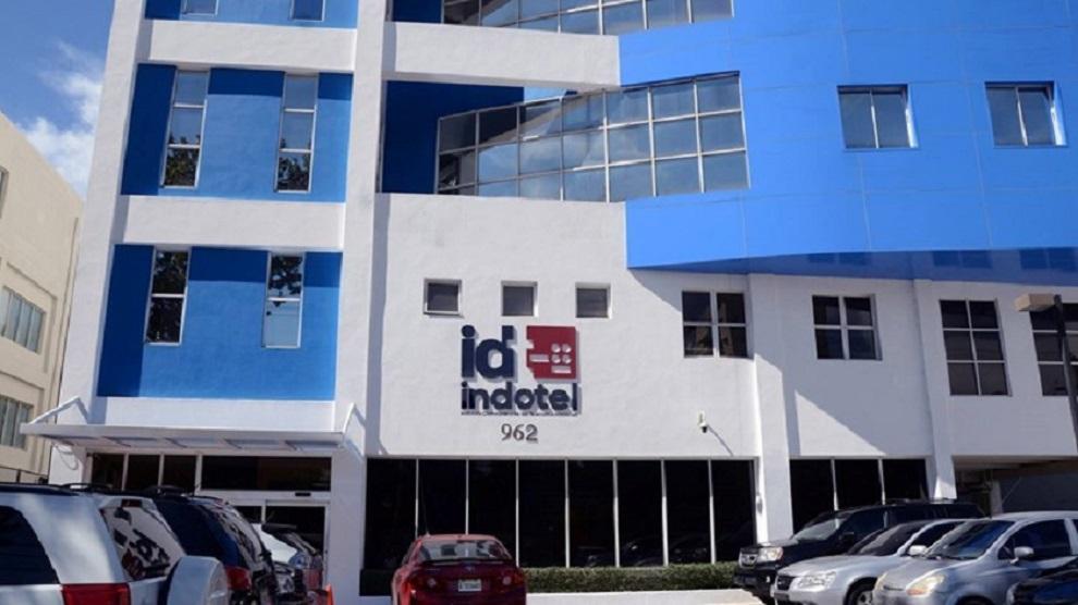 Indotel investiga avería de fibra óptica de telefónica Claro.