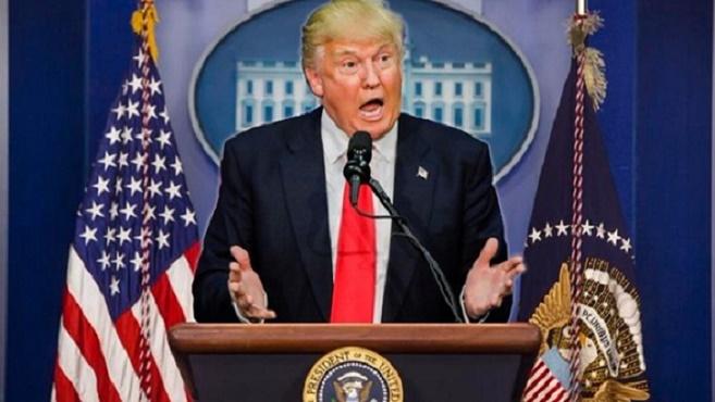 Donald Trump propone sistema de puntuación para residencia.