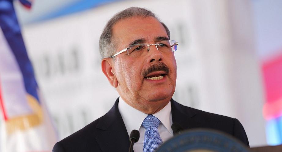 Danilo Medina, presidente de RD emite decreto.