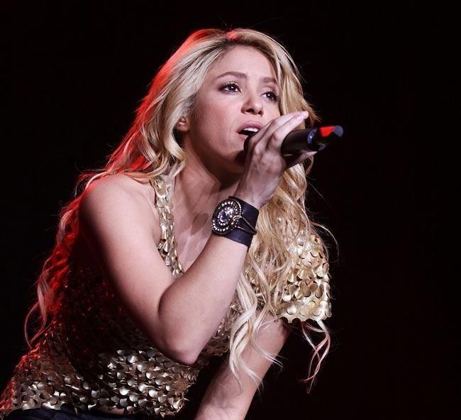 "Fans salen en defensa de Shakira tras ""burlas"" de J Balvin en entrevista con Maluma."