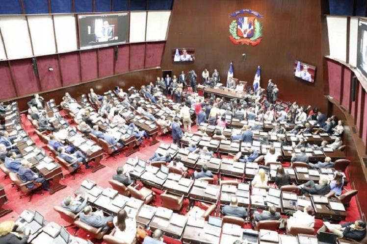 Cámara de Diputados: aprobada en segunda lectura 30% de AFP para trabajadores.