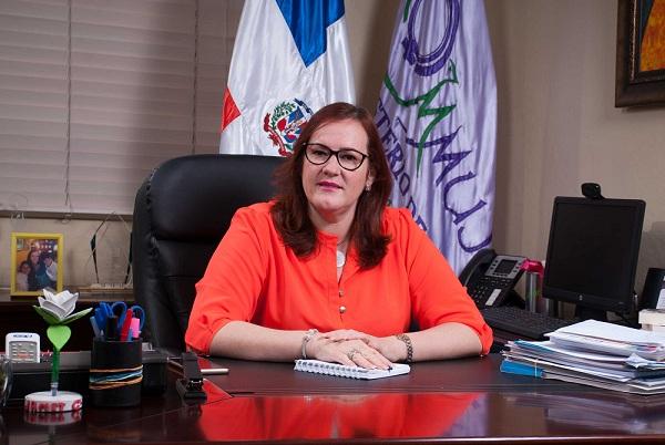 Ministra de la mujer Janet Camino en un comunicado.(Foto externa)