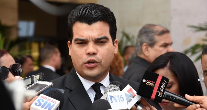 Wellington Arnaud pide sancionar dirigentes PRM favorecen gestión del gobierno.