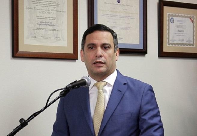 Presidente del INDOTEL Luis Henry MolinaPeña.