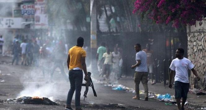 Al menos 6 muertos durante enfrentamiento de bandas en Haití.