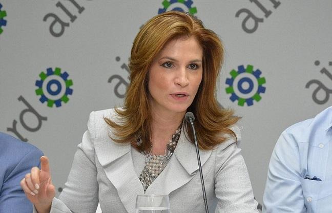 Circe Almánzar vicepresidente AIRD.