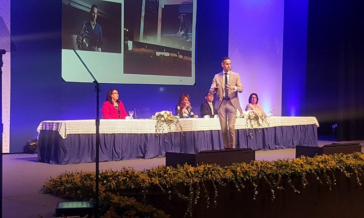 Deepak Daswani, durante conferencia.