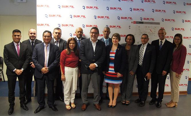 Delegación visita Superintendencia de Inspección del Trabajo en Perú.