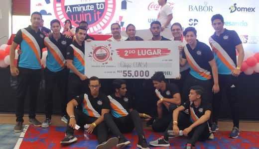Estudiantes participan en programa Yao a Minute to Win it 2019.