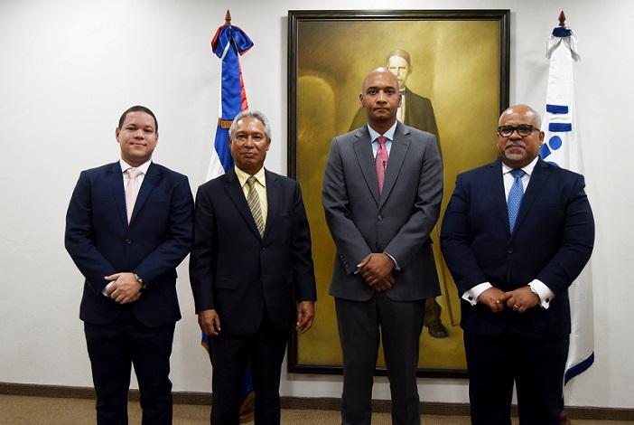Nelson José Guillén Bello nuevo presidente del Indotel.