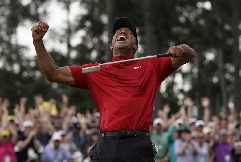 Tiger Woods golfista celebración en Masters de Augusta.
