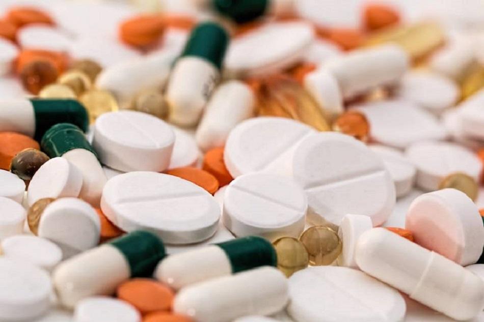 Fármacos o pastillas de antibióticos.