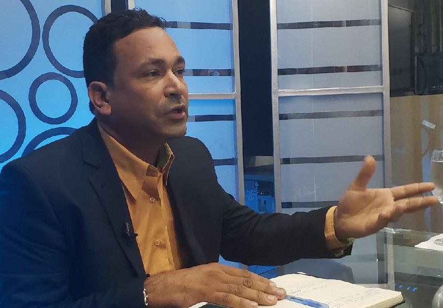 Johonny Jiménez aspirante a regidor PLD por SDO.