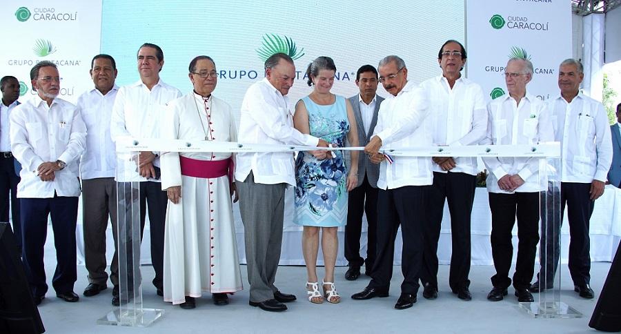 Presidente de la República Danilo Medina inaugura Ciudad Caracolí.