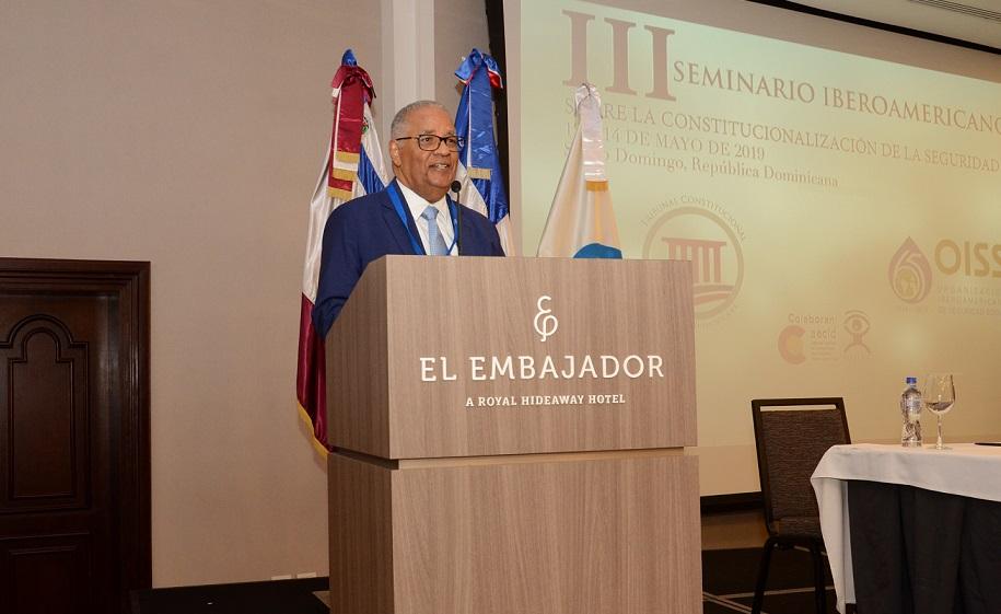 Rafael Pérez Modesto participa en seminario iberoamericano de SS.