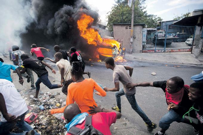 Haitianos exigen renuncia del presidente Jovenel Moïse.