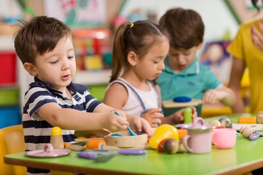 Problemas del corazón en la adultez podrían reducirse con años educación en infancia.