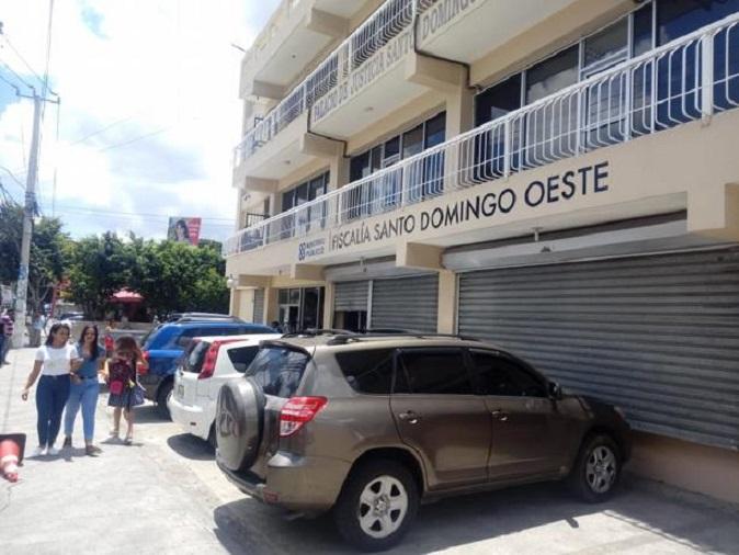 Fachada de la Fiscalía de Santo Domingo Oeste.