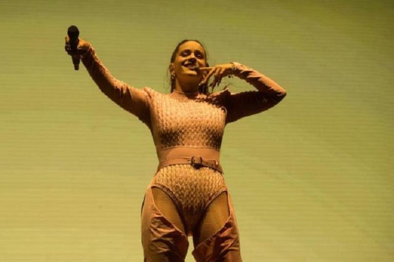 Cantante Rosalía durante el concierto de la jornada de clausura del Primavera Sound en Barcelona (Fuente EFE/Marta Pérez/Archivo).