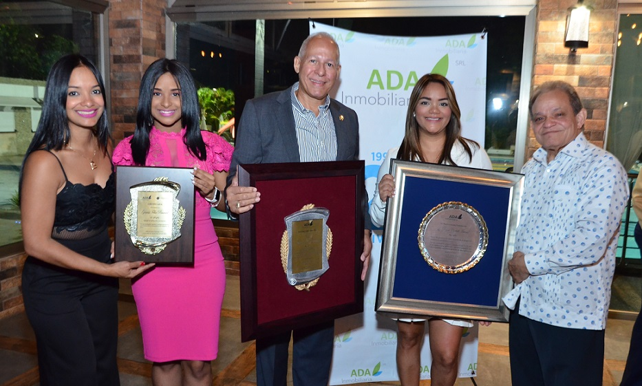 Inmobiliaria Ada celebra 28 aniversario.