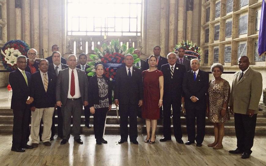 Instituto Duartiano aniversario Restauración de la República.