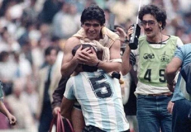 El exfutbolista José Luis Brown, campeón en 1986, murió.