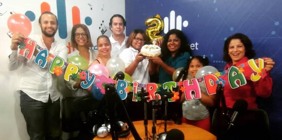 Mi Familia Radio celebra segundo aniversario.