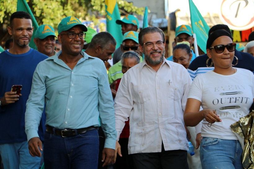 Alianza País recorre Los Tres Brazos.