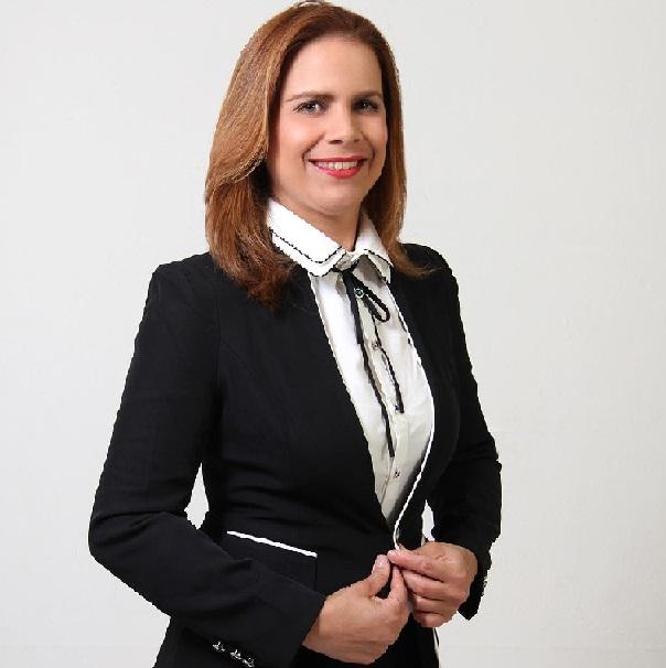 Elisa Scaroina Store lanza página web.