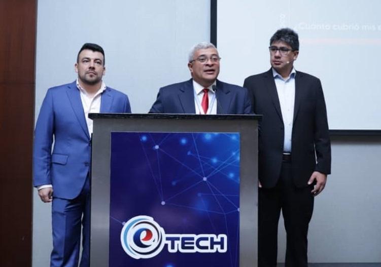 Etech Solution presenta técnicas TI.