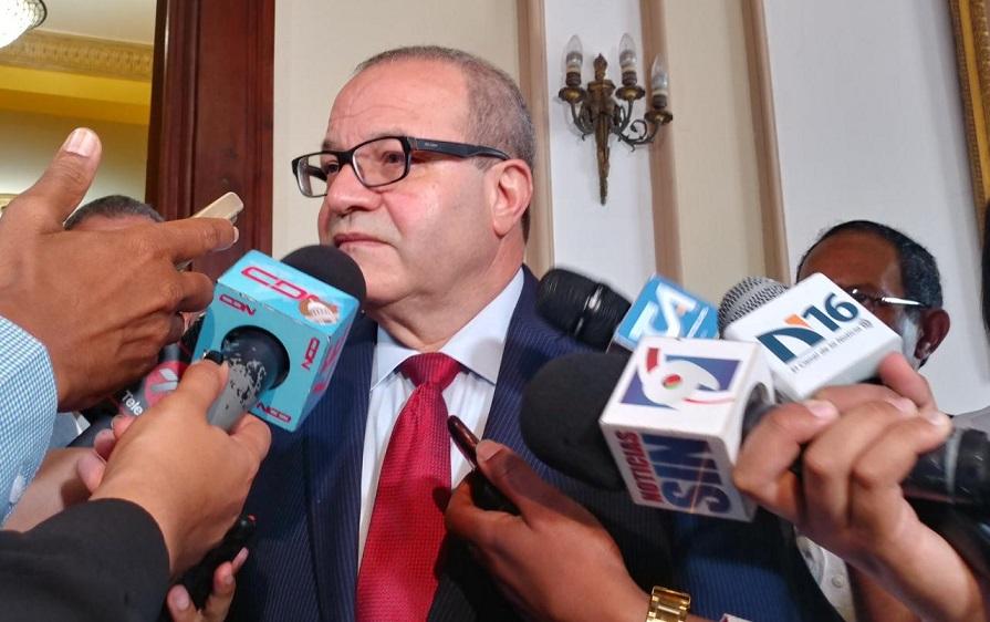 José Tomás propone precandidatos PLD firmen pacto de unidad.
