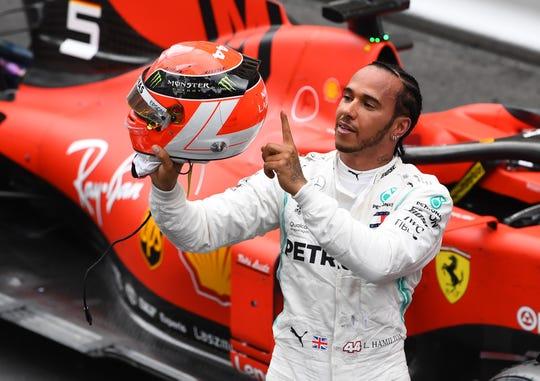 Lewis Hamilton piloto de Fórmula 1.