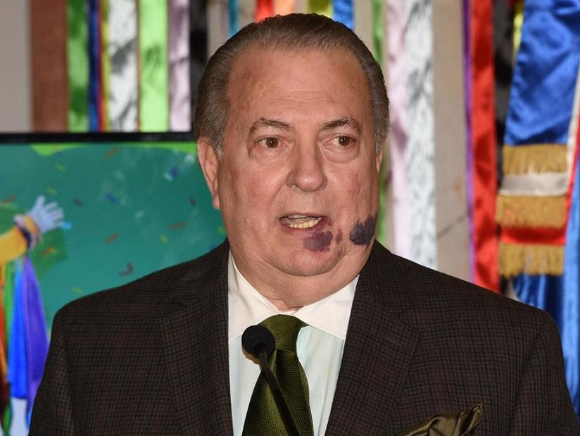 Ministro de Cultura Eduardo Selman ofrece declaraciones. (Fuente: externa)