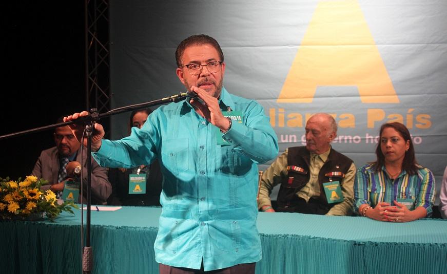 Guillermo Moreno vuelve a ser electo candidato presidencial.