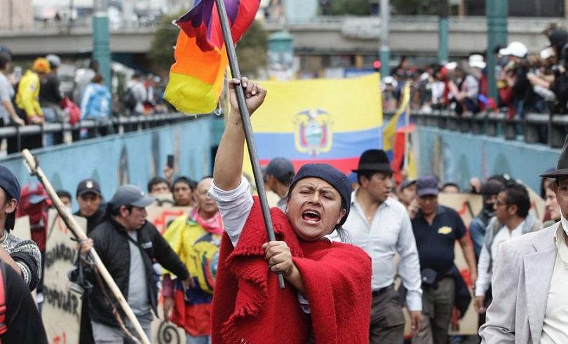 Protesta en Ecuador contra gobierno.