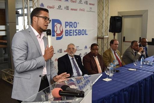 PROBEISBOL cedió sus derechos de transmisión al pueblo dominicano.(Foto externa)