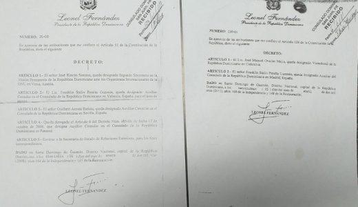 Copias de los decretos que nombraron a Franklin Starlin Peralta Guzmán. (Foto: eXtradigital.com.do)