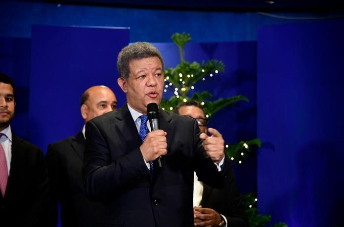 Expresidente Leonel Fernández al hablar en FUNGLODE esta mañana, por motivo de su cumpleaños 66.(Foto: Víctor Ramírez LD)
