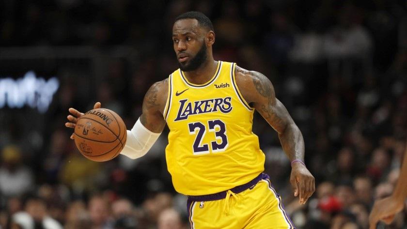 LeBron Raymone James es un jugador de baloncesto pertenece a la plantilla de Los Angeles Lakers de la NBA.(Foto John Bazemore Ap)