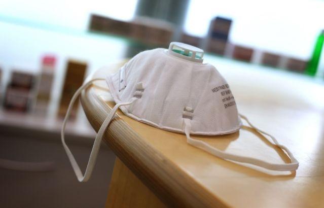 Desaparecen mascarillas en hospitales de España por coronavirus. (Foto: externa)