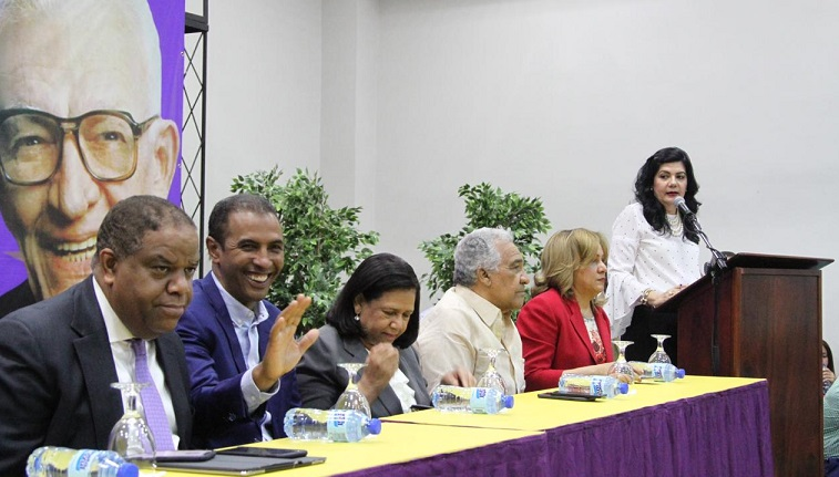 Comité de Campaña del Partido de la Liberación Dominicana en apoyo a sus candidatos municipales. (Foto: externa)