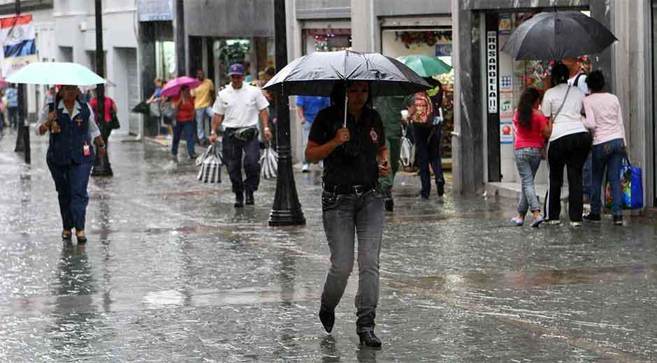 Vaguada provoca lluvias en RD.