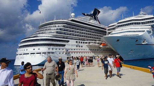 Dominicanos viajaron crucero Costa Favolosa presentan síntomas coronavirus.