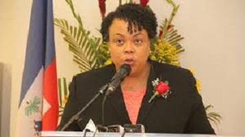Marie Greta Roy Clément ministra de Salud de Haití.