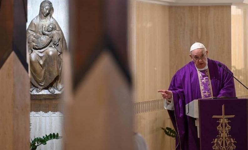 El papa Francisco durante una misa en la Ciudad del Vaticano. (Foto: externa)