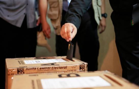 JCE establece horario para elecciones en el exterior.