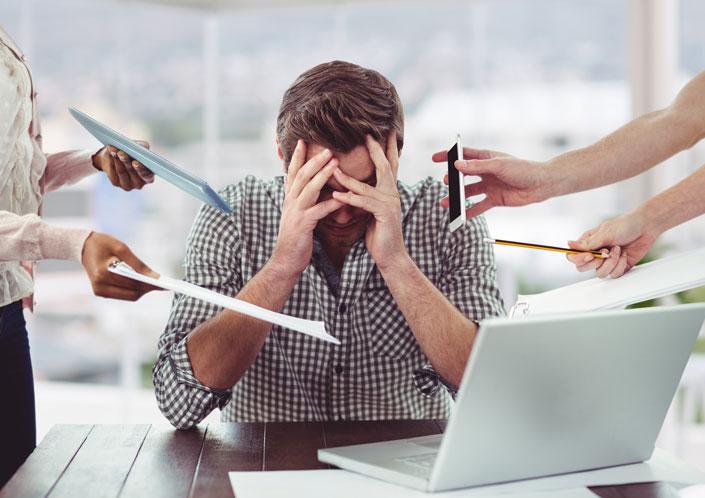 Enfermedades mentales causadas por estrés laboral.