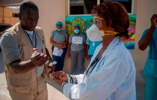 Haití supera los mil infectados por COVID-19.