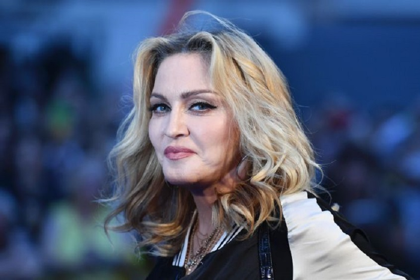 Madonna fue muy criticada por subir una foto semidesnuda en IG (Foto BEN STANSALL/AFP via Getty Images)