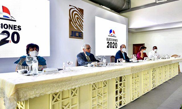 Pleno JCE anuncia protocolo de sanitario para elecciones.